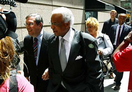 the 2011 nba lockout the battle The nba lockout began last week as david stern decided roger goodell  shouldn't have all of the fun  by tom ziller@teamziller jul 5, 2011, 9:43am edt   one owner to step out of line off the record to ignite a war of words.