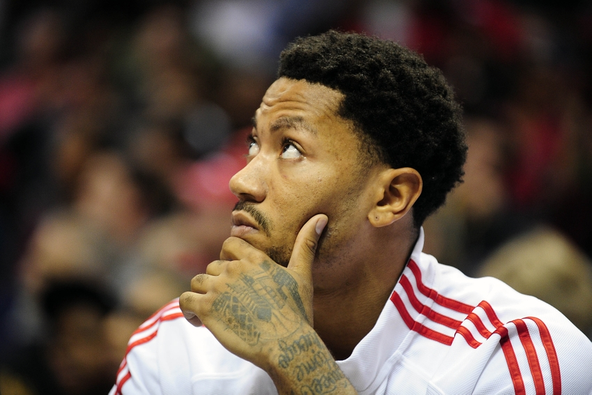 Derrick Rose Tweaks Hamstring In Win Calls It Minor Injury